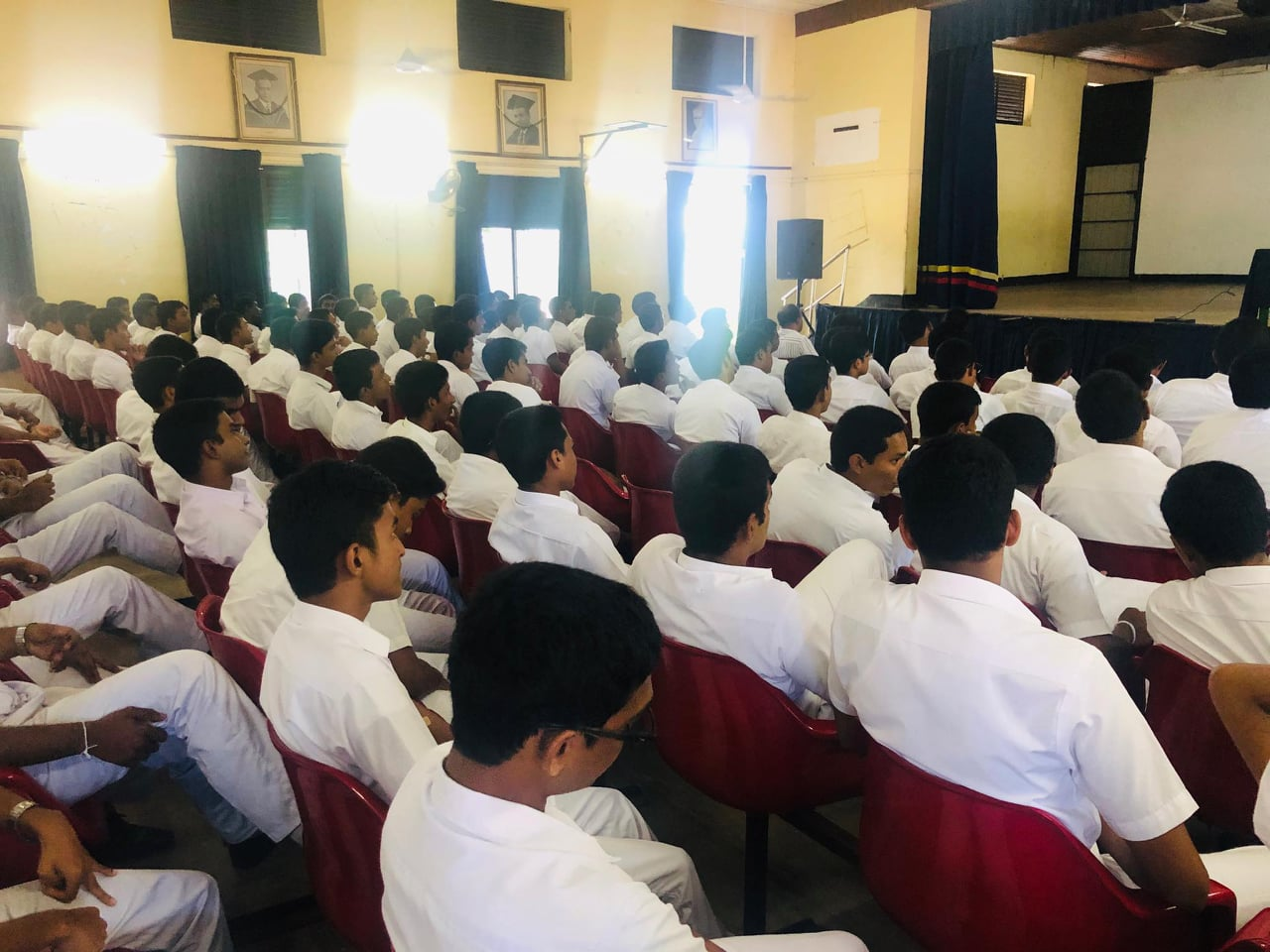 SLIIT-conducted-a-motivational-programme-at-Thurstan-College-Colombo-