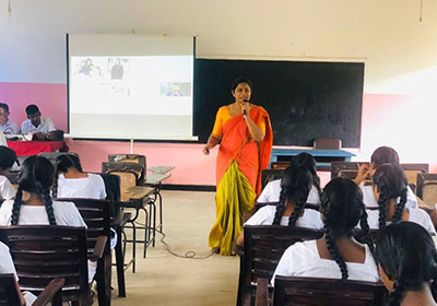 SLIIT-Business-School-conducted-a-wonderful-session-for-grade-12-and-13-students-of-Taxila-College-
