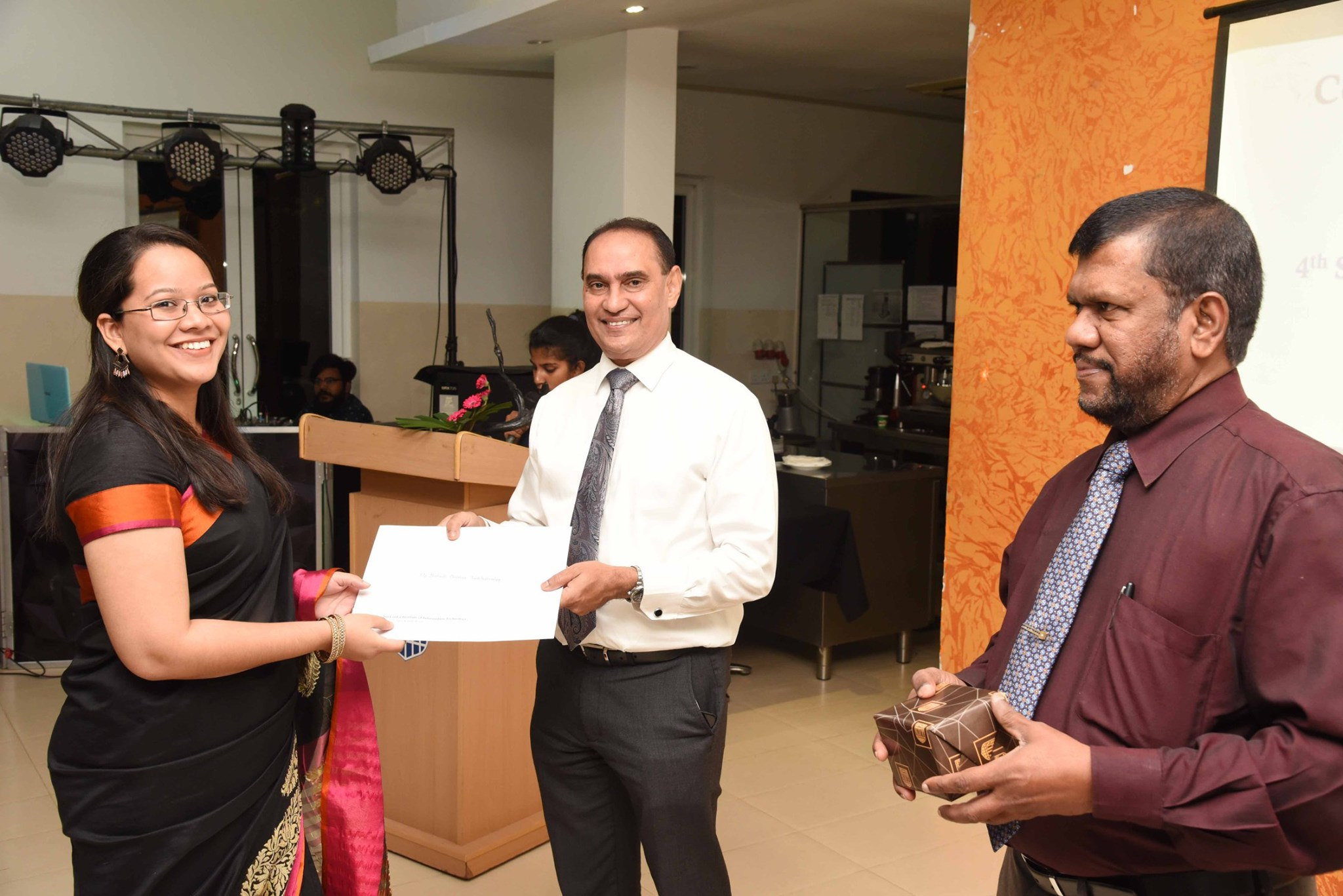 Award-Ceremony-of-the-4th-Staff-Development-programme-