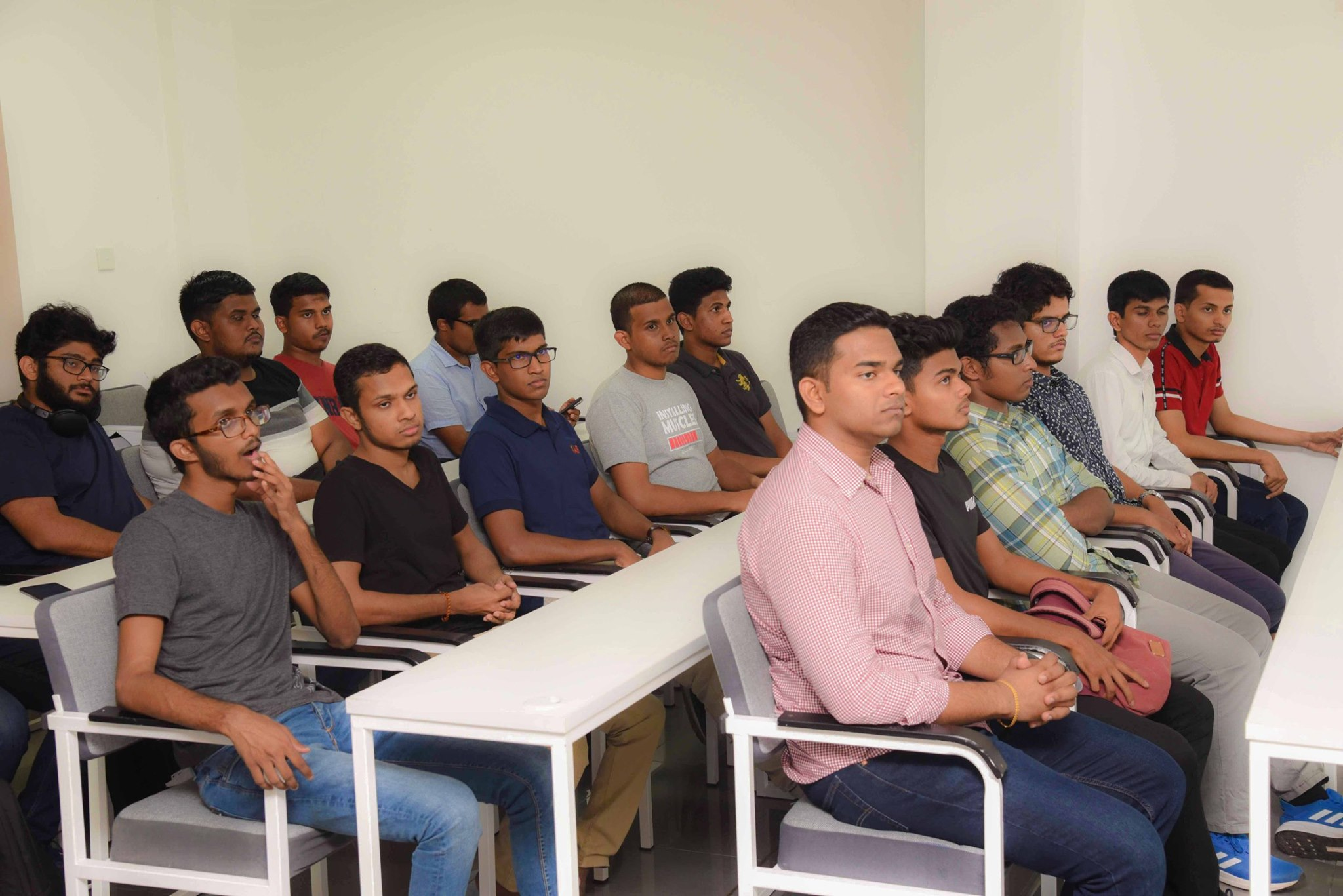 A-pre-departure-training-session-was-organized-by-SLIIT-Global-Education-for-students-