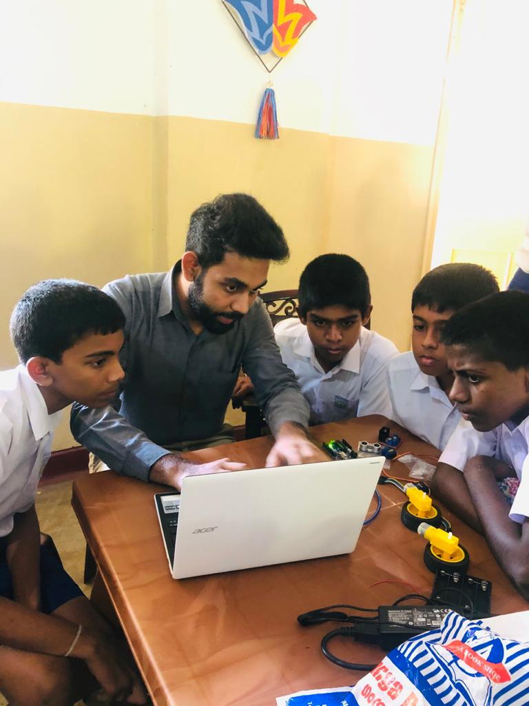 Robotics-for-students-in-Science-Society-of-Dudley-Senanayake-Central-College-Tholangamuwa-